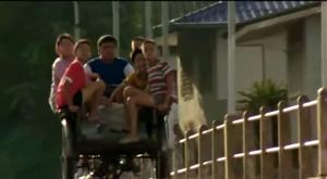 Jeab bersama Jack dan teman-teman mengejar Noi-Naa